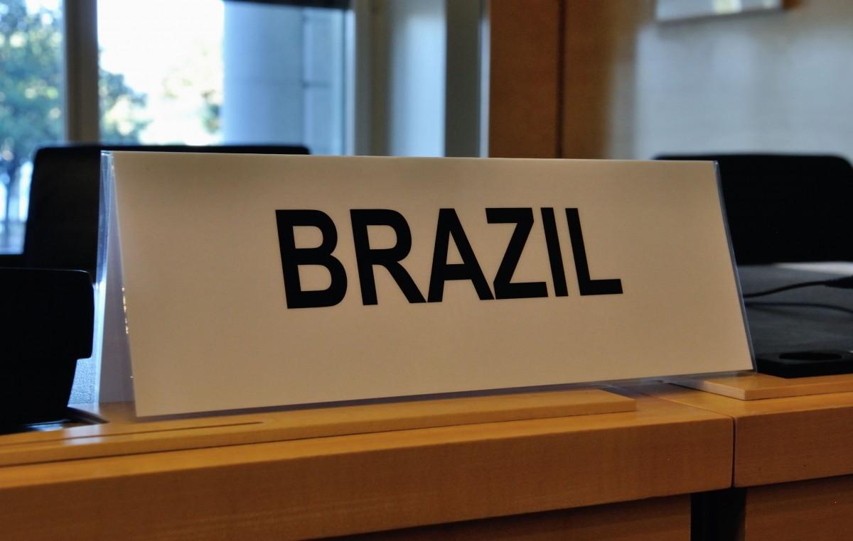 Violencia juvenil: Brasil debe prevenir, no encarcelar