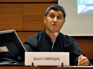 Sacerdote Juan Carbajal, secretario ejecutivo de la Pastoral de Movilidad Humana, de la Conferencia Episcopal de Guatemala, en su intervención durante un evento al margen del Consejo de Derechos Humanos de la ONU.