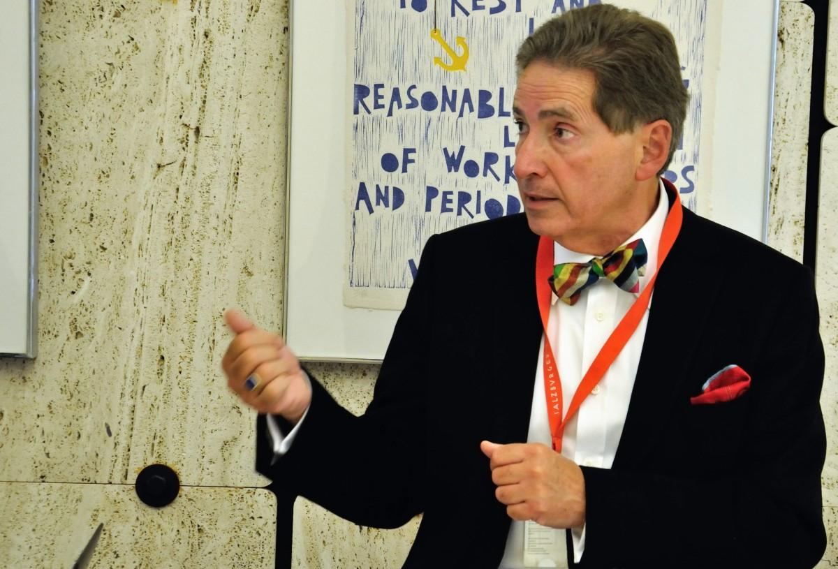 """""""Quiero ver a la UNCTAD pedir perdón a los países en desarrollo"""": Alfred de Zayas"""