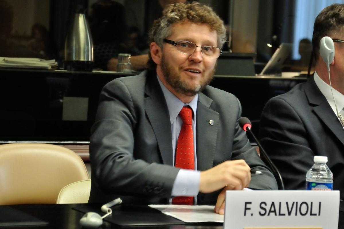 """""""Amnistía de militares criminales en Argentina repugnaría a la comunidad internacional"""", Fabián Salvioli"""