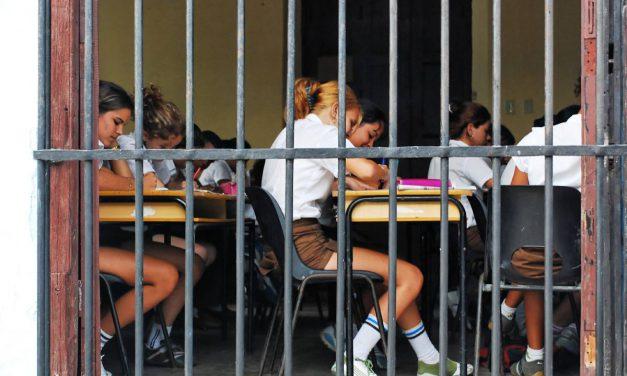 La ONU exhortó a Paraguay a incluir una perspectiva de género en el material educativo