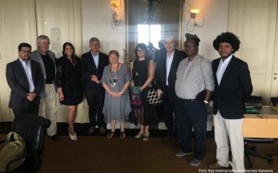 Representantes del movimiento Defendamos la Paz se reunieron con Michelle Bachelet